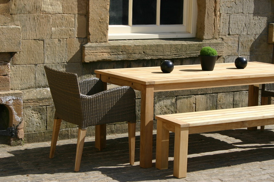 Antibes Outdoor Dining Table 4