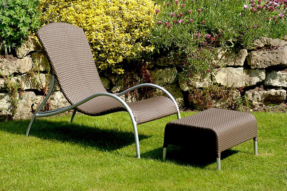 Flow Rattan Garden Lounger - Bau Outdoors