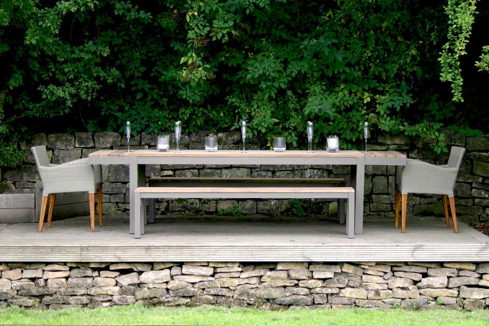 Reclaimed Garden Dining Table Bau Outdoors : Reclaimed Garden Dining Table 2 from www.bau-outdoors.co.uk size 960 x 640 jpeg 495kB