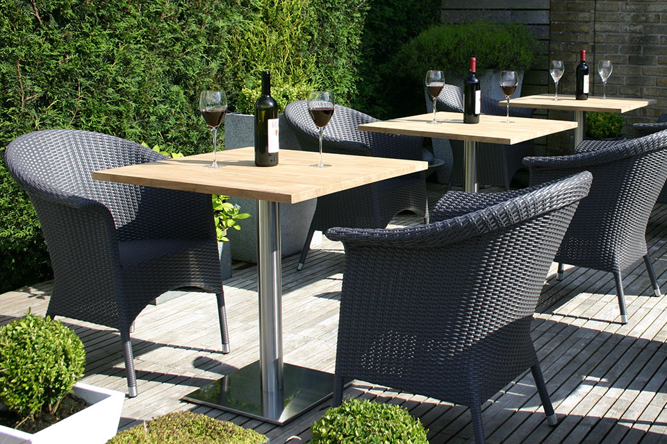 Square Garden Table And 4 Chairs: Jasper Square Garden Tables