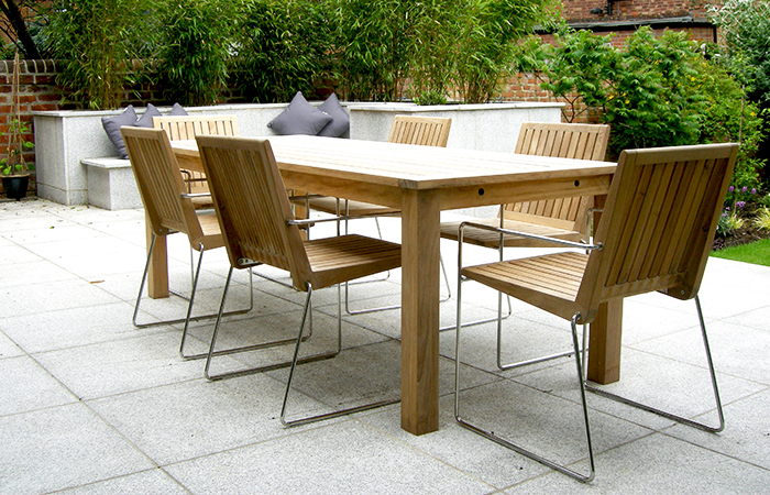 Customer shots free champagne bau outdoors for Modern garden furniture