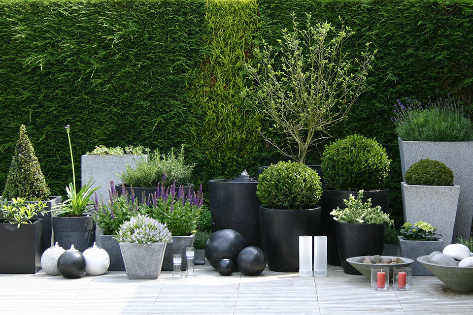 Berlin Stone Planters Bau Outdoors