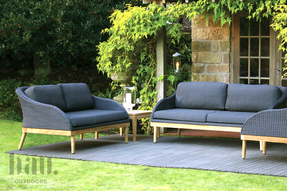 Contemporary garden furniture range at bau outdoors for Modern garden furniture