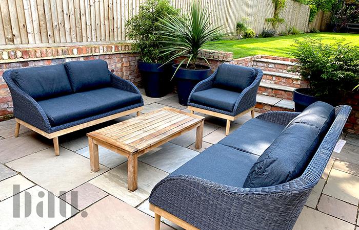 Copenhagen garden sofa image 1