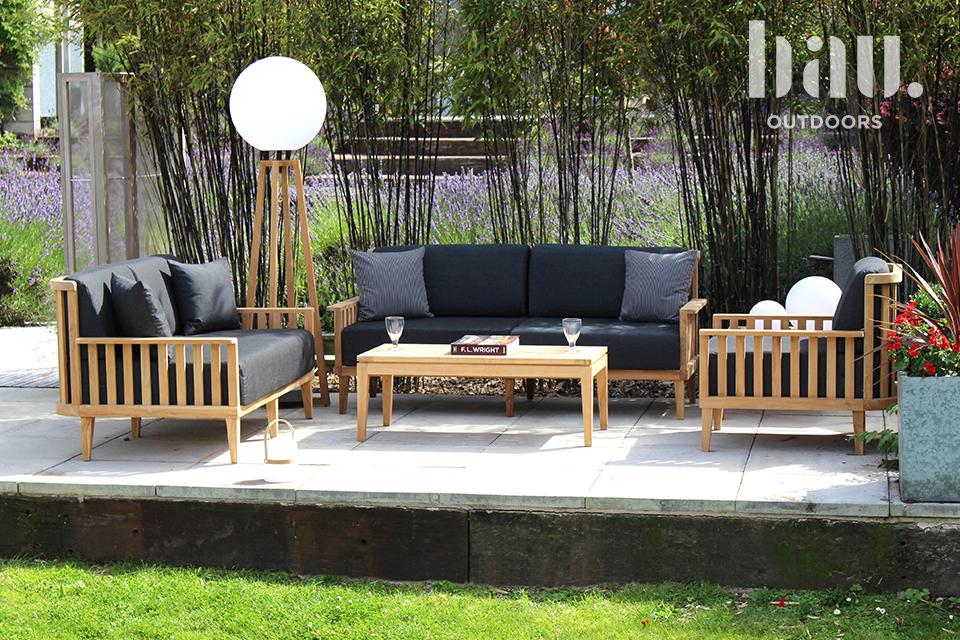 Garden sofa and armchairs